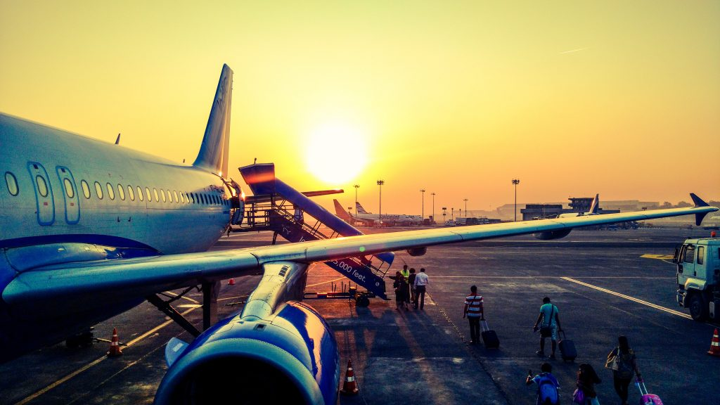 how to get cheap flight tickets last minute